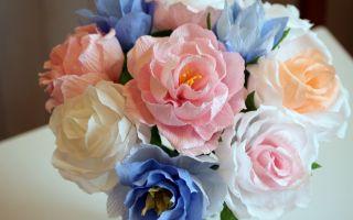 Розы из гофрированной бумаги своими руками