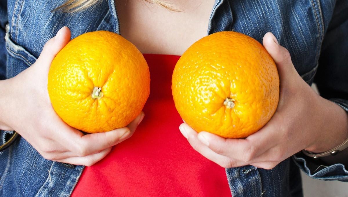 Измерение размеров груди фруктами